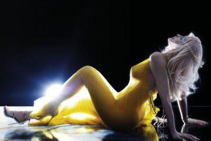 Kylie Jenner, la menor de las Kardashian posa desnudísima para una revista