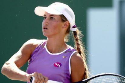 La tenista Putintseva 'corre a raquetazos' a su entrenador en pleno partido