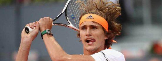 El joven Zverev se merienda al maestro Federer a pelotazo limpio