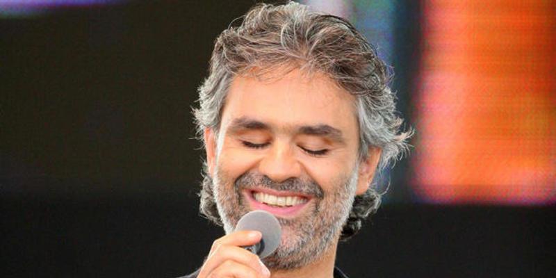 Andrea Bocelli se parte la crisma al caerse del caballo y es hospitalizado de urgencia