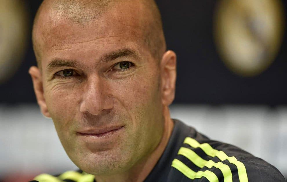 Zinedine Zidane le pide un fichaje inesperado a Florentino Pérez para el Real Madrid