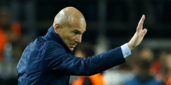 """¡Vaya palo! El crack del Real Madrid que le colgó el teléfono a Zidane: """"Llámame más tarde"""""""