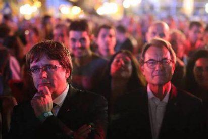 La Generalitat lanza a mitad de la población catalana contra el Estado español