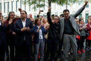 En libertad con cargos los 'golpistas' del Govern catalán detenidos en la redada policial del 1-O