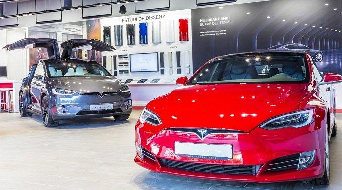 Tesla abre su primer centro de servicio en España
