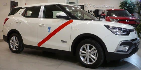 SsangYong lanza una versión del XLV con GLP para taxi