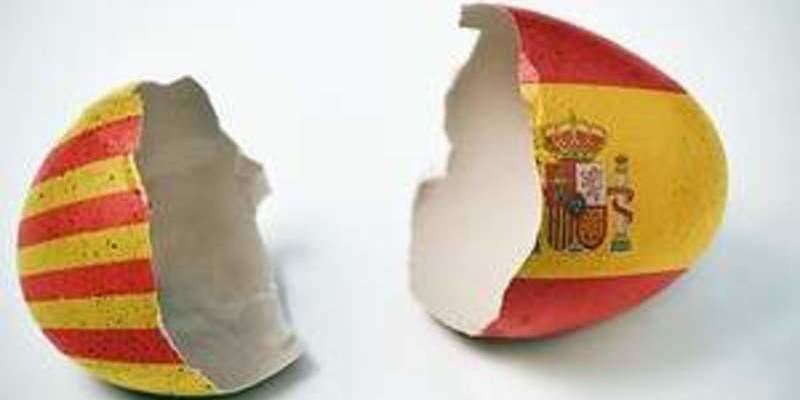 Un sondeo de 'El País' hunde a Puigdemont, al independentismo y a los fanáticos del referéndum ilegal