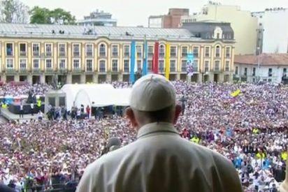 """El Papa, a los jóvenes: """"No tengan miedo al futuro, atrévanse a soñar a lo grande"""""""
