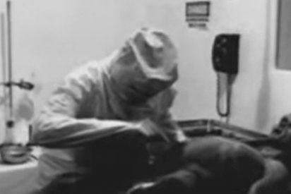 [VÍDEO] Un productor cuenta toda la verdad detrás del video de la autopsia a un extraterrestre de 1947