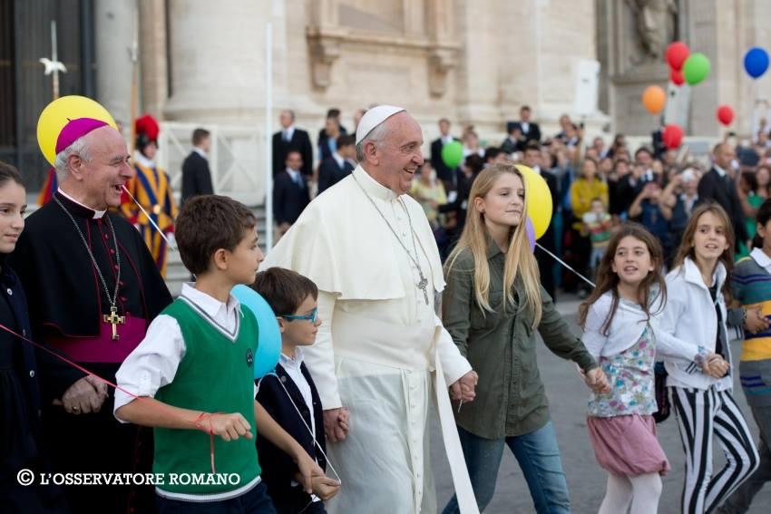 """La Santa Sede apuesta por """"humanizar la educación"""""""