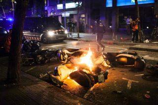 El cóctel molotov lanzado contra un cuartel de la Guardia Civil en Barcelona