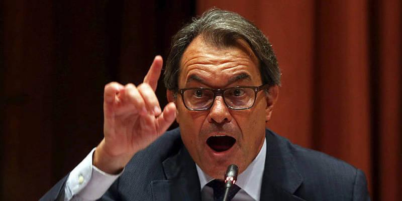 El Tribunal de Cuentas exige a Artur Mas que pague ya 5 millones por la patochada del 9-N