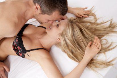 Estás practicando una de las posturas sexuales más peligrosas y no lo sabías
