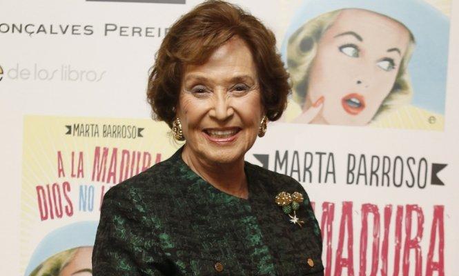 La 'fuga' de Carmen Franco de España para olvidar el 'espantoso drama' de este país
