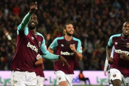 'Chicharito' y West Ham logran su primer triunfo en Premier League