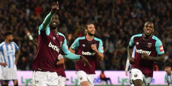 'Chicharito' y West Ham logran su primer triunfo en Premier League
