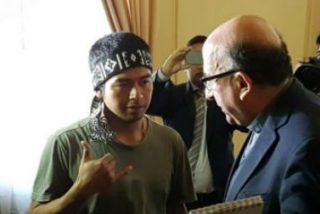 Fernando Chomali defiende a los mapuches y permite la 'toma' de su catedral