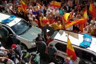 "Así despiden por toda España a los guardias civiles enviados a Cataluña: ""A por ellos"""