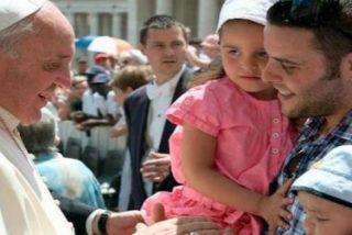 """El Papa pide oraciones """"por los que están sintiendo los efectos del desempleo"""" y """"por cada familia que sufre"""""""
