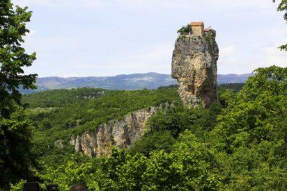 El nuevo 'Simeón el estilita' vive sobre una roca en Georgia