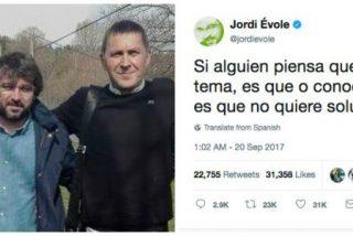 ¿Quién te escribe los tuits, Jordi? ¿Tu amigo Otegi?