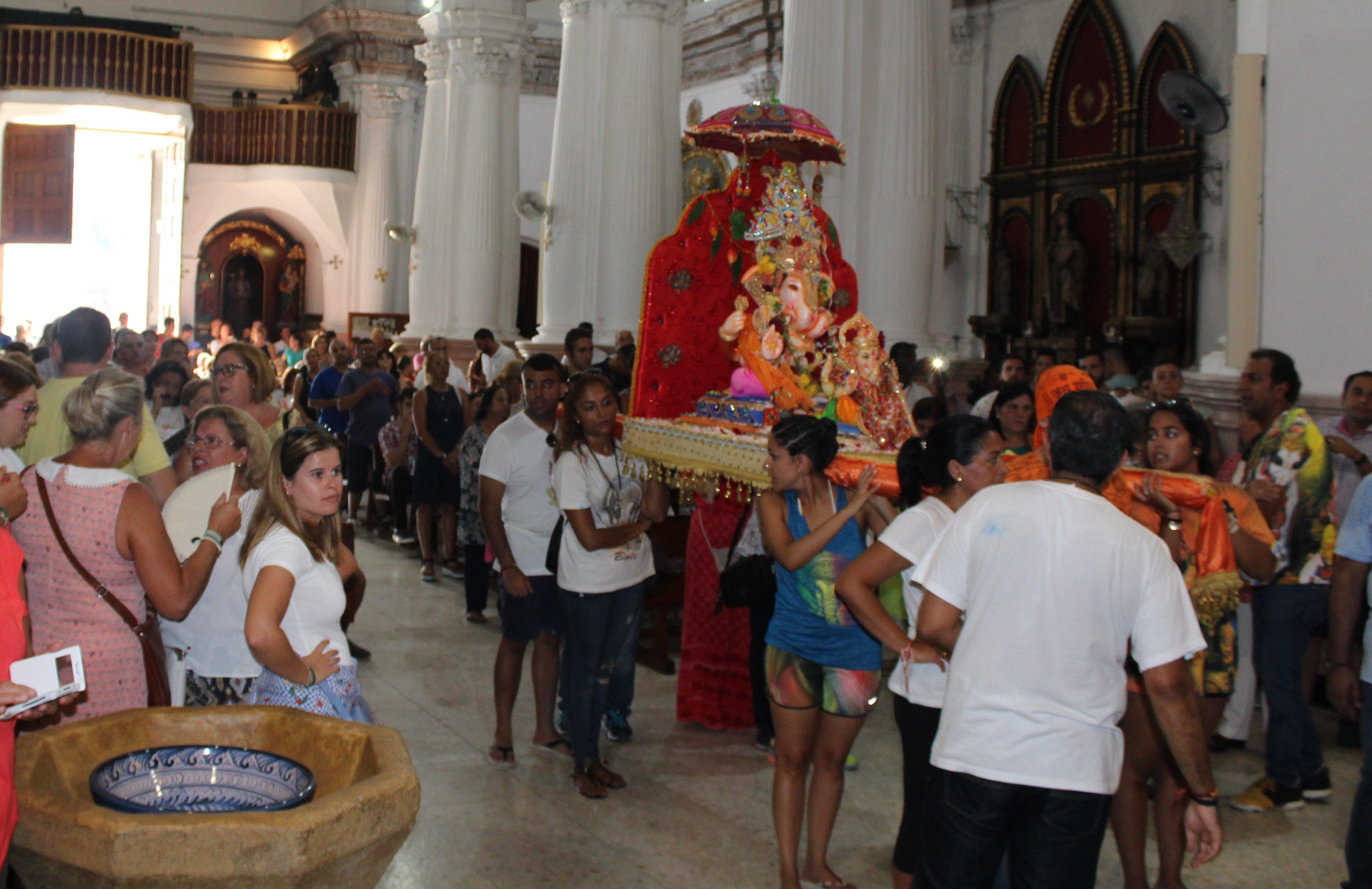 Zornoza seguirá impidiendo la entrada de Ganesh al santuario de África