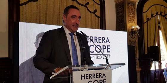 """Carlos Herrera pone patas arriba la COPE: """"La casa no me ha mostrado interés en que siga"""""""