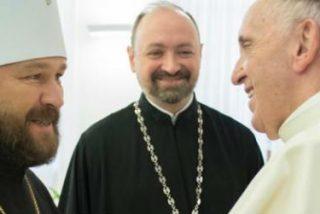 Francisco quiere ir a Moscú... pero también a Ucrania