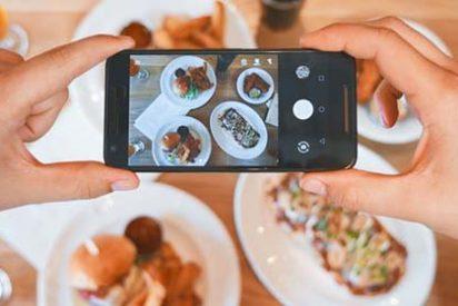 Un cabreado dueño de un restaurante airea el chantaje de una 'influencer': quería comer de gañote y encima cobrar por ello