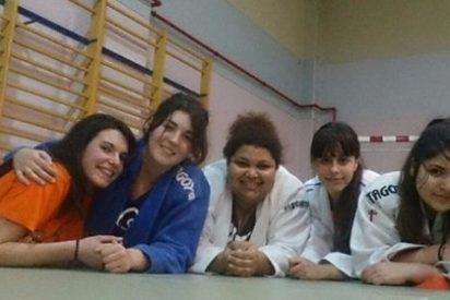 El equipo de judo KOBE sueña con competir en la Liga Autonómica y lanza una campaña para financiar su nueva equipación