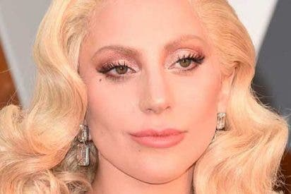 Lady Gaga se retira porque padece fibromialgia