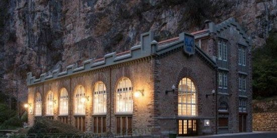 El sueño titánico de dos asturianos de producir energía sostenible en Asturias cumple cien años
