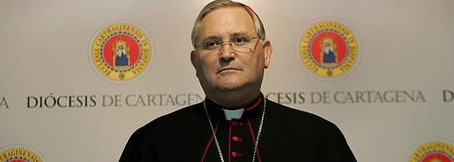 """El obispo de Cartagena, sobre Cataluña: """"Me preocupa la unidad"""""""