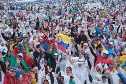 """Francisco rinde homenaje en Medellín al documento que en 1968 selló la """"opción preferencial por los pobres"""""""