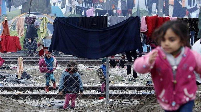 Time is Up! Una alarma que atraviesa fronteras para denunciar el incumplimiento de los compromisos europeos con las personas refugiadas