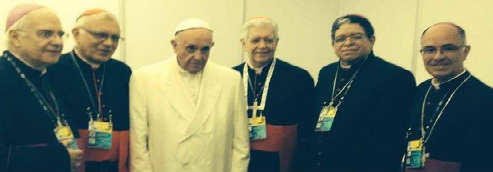 El Papa pide a los obispos venezolanos que sigan acompañando al pueblo y defendiendo sus derechos