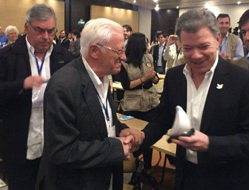 El padre Ángel apoya en Colombia la visita del Papa Francisco
