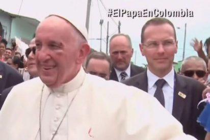 El Papa, con un ojo hinchado en Cartagena