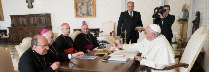 Las razones por las que el Papa Francisco no va a Argentina en 2018