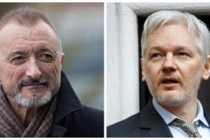 """Pérez-Reverte apalea al espía de pacotilla Assange: """"Usted es un perfecto idiota e ignorante sobre España y Cataluña"""""""