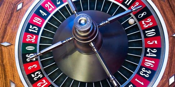 El inversor del mayor casino de Europa deja Cataluña y se marcha a Chipre