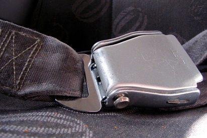La Guardia Civil está asombrada con el invento de un gallego para el cinturón de seguridad