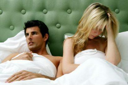 Las 5 cosas que las mujeres hacen en la cama y que los hombres odian