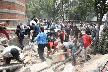 Un brutal terremoto sacude México, dejando centenares de muertos