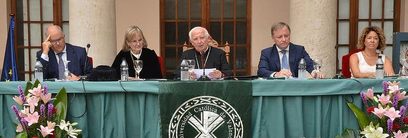 """Cañizares: """"Necesitamos universidades en las que se genere la cultura de la paz"""""""