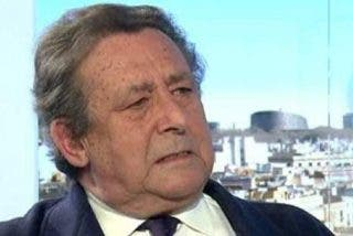 Alfonso Ussía insta a Mariano Rajoy a plantarse en Barcelona el 1-O