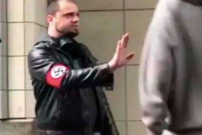 Un nazi localizado por Twitter recibe una paliza noventa minutos después