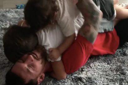 [VÍDEO] Así fue el enternecedor reencuentro de Lionel Messi con sus hijos en Barcelona
