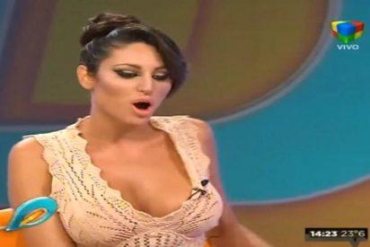 Esto pasa cuando la modelo griega asiste a un programa de TV sin ropa interior