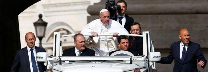 """El Papa pide que se cuide a los más pobres de """"la exposición a los riesgos y a las calamidades naturales"""""""
